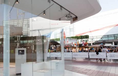 Progetto realizzato per audi con pareti scorrevoli in vetro temprato casma