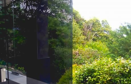 Frenum, progetto realizzato con lo scopo di creare una copertura in vetro temprato ad un'ampia veranda. Per la chiusura del sistema in vetro temprato è stata utilizzata la cerniera idraulica integrata Frenum, al fine di controllare la chiusura della porta senza l'ingombro di un chiudiporta a pavimento