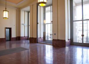 porte esterne in vetro temprato, progetto realizzato con prodotti Casma presso Altes Palais Berlin