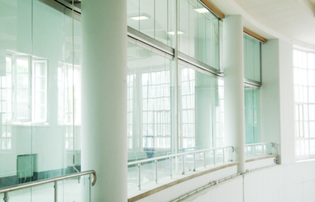 CONI-Rome-progetto realizzato con accessori per vetro casma - sistema parcheggiabile in vetro temprato